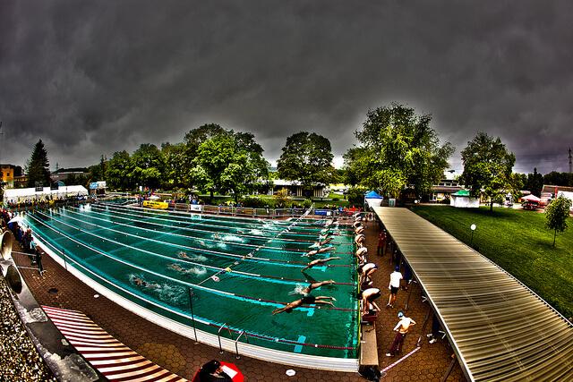 Durch Schwimmen abnehmen