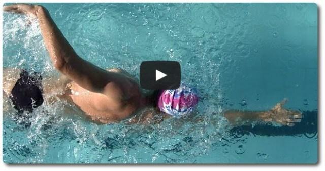 Schwimmtechnik: Krualen lernen