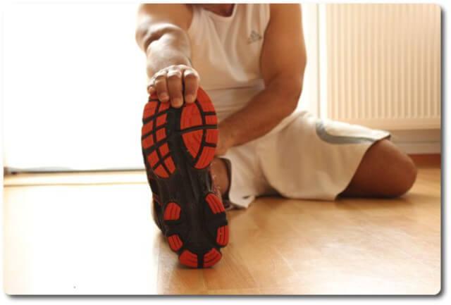 Laufverletzungen durch Dehnen vermeiden