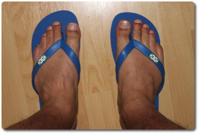 Foto Die DC Flip-Flops mit meinen Füßen