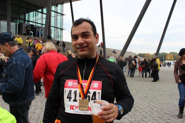 Nach dem Marathon ein Siegerbier!