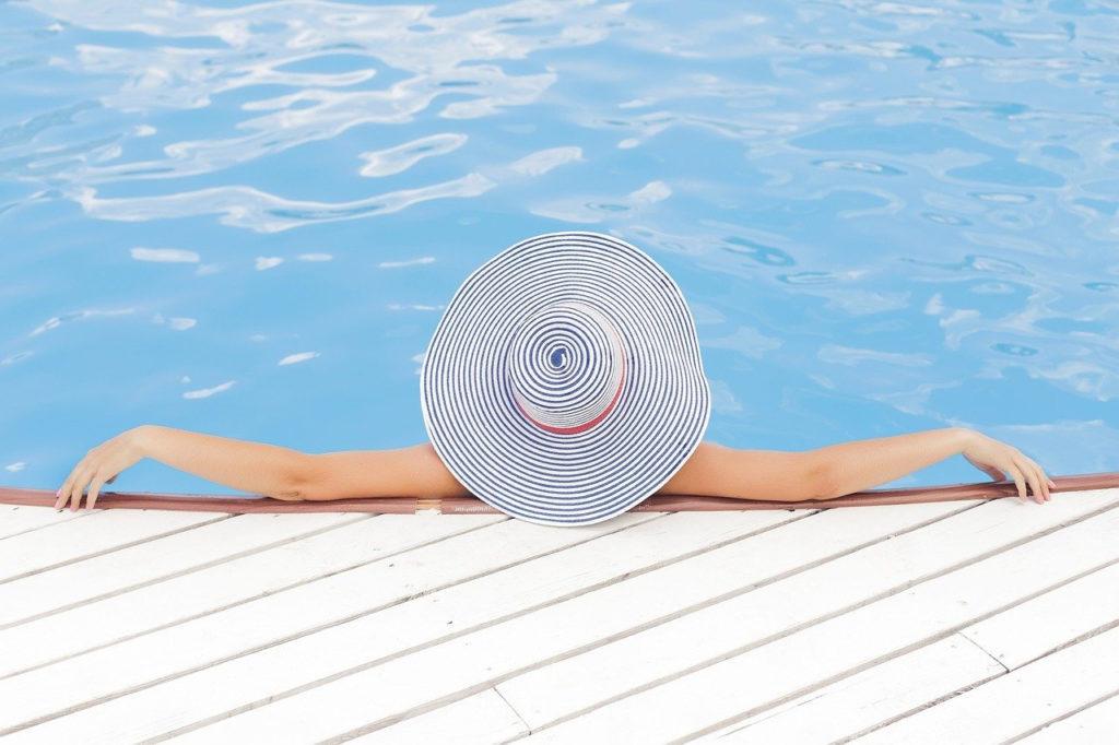 Entspannt im Schwimmbad